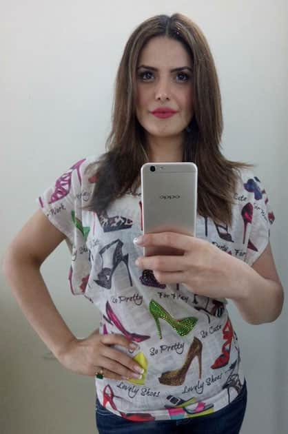 Love my close up selfies- Zareen Khan