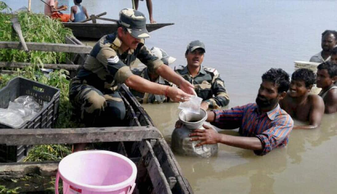 BSF jawans provide relief materials