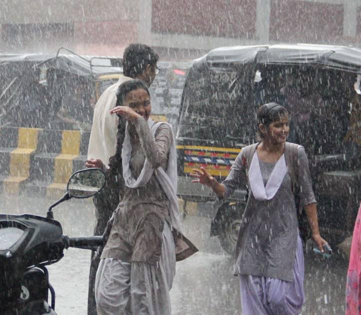 rains in Gurgaon.