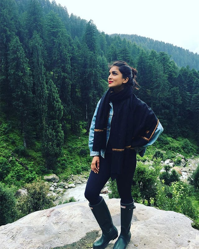 pallavi sharda :- When you can't beat them, join them. #mountainlife #HimachalPradesh