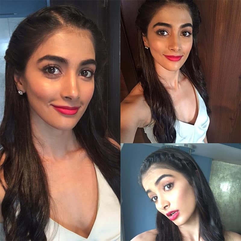 pooja hegde :- Promotions..But first..lemme take a selfie..or in this case,selfies! @artinayar-u sexyyyy @tanghavri #MohenjoDaro #promotions #berryRed