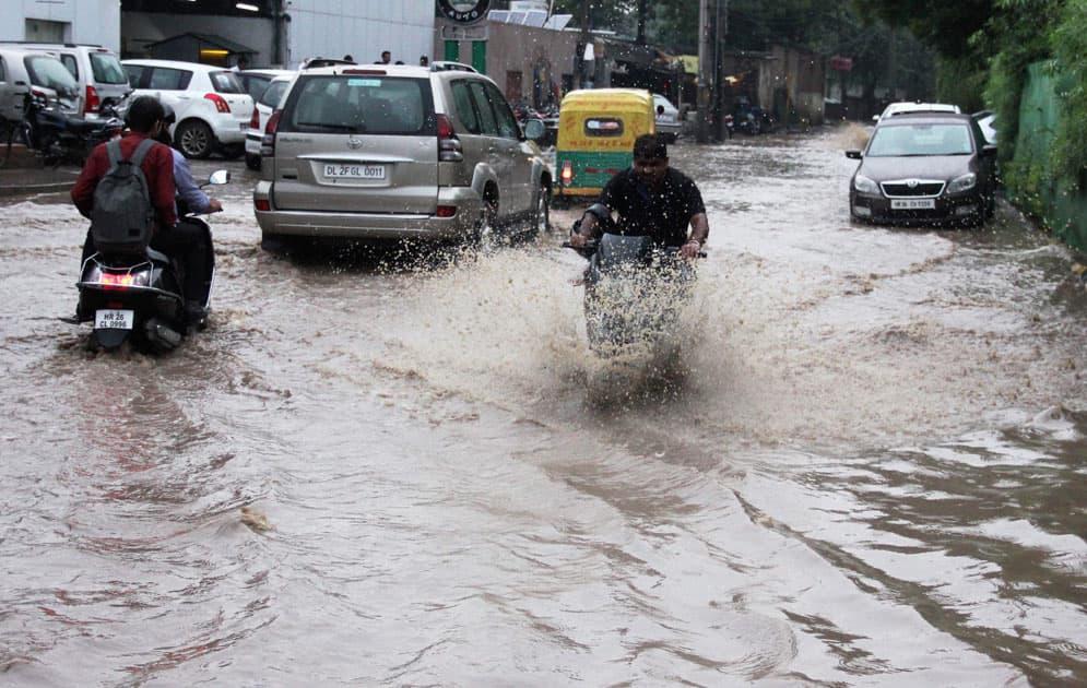 Rains in Gurgaon