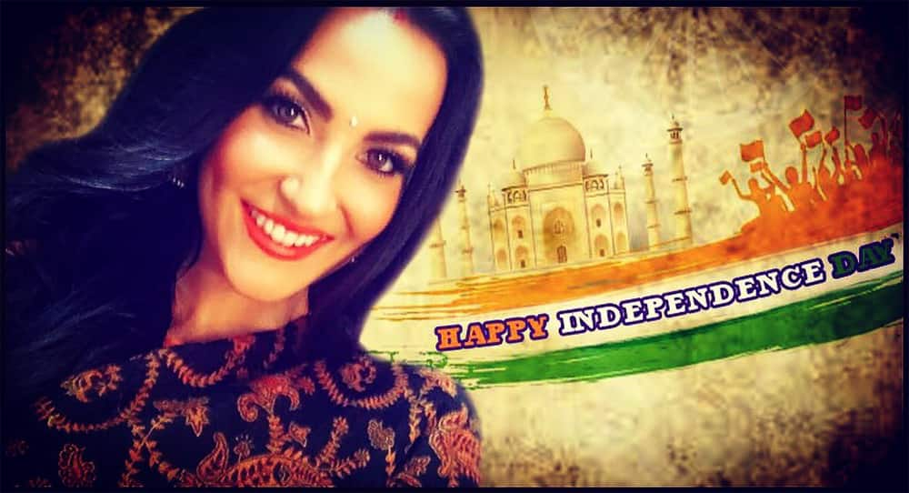 Wish u all a #happyindepenceday India!!- Elli Avram