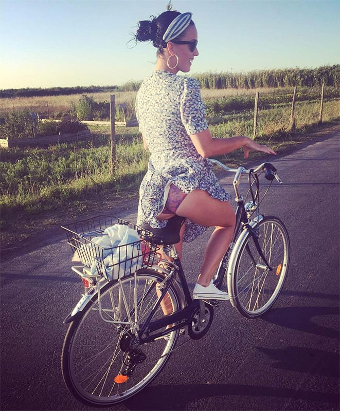 katy perry :- I know it's a little cheeky, butt... Cycling in The ile de re, France