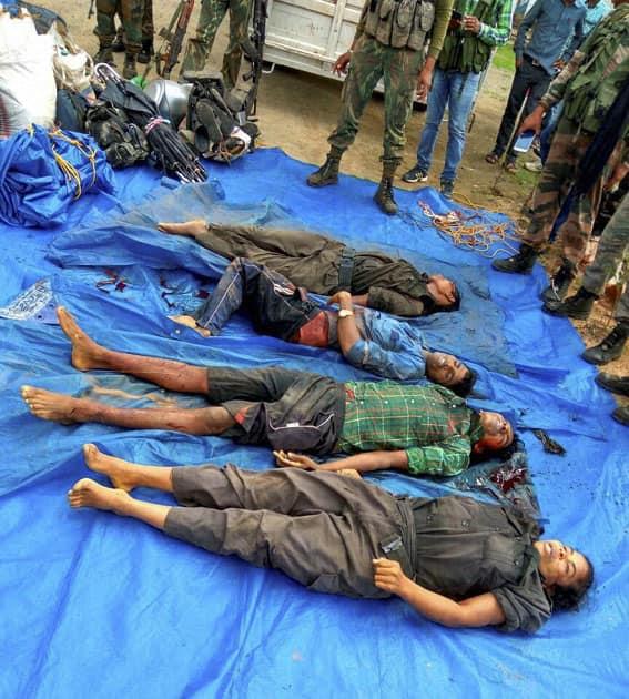 4 Naxals killed in Dantewada