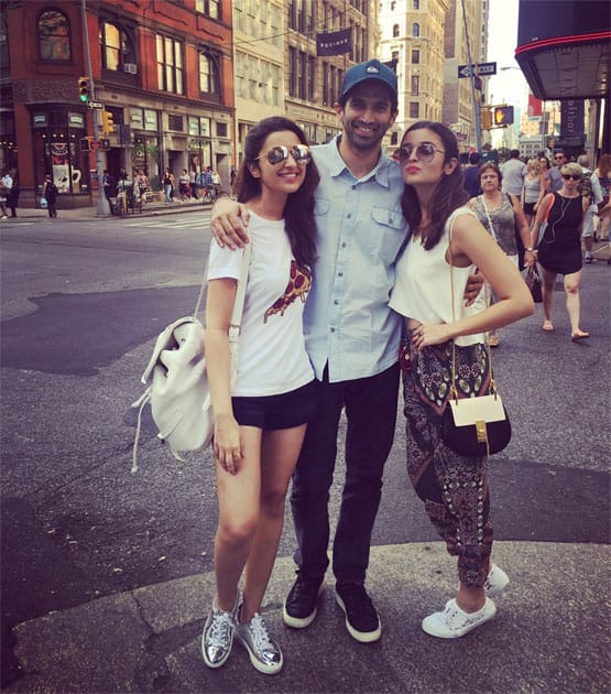 Shopping with these 2 humans!- Parineeti Chopra