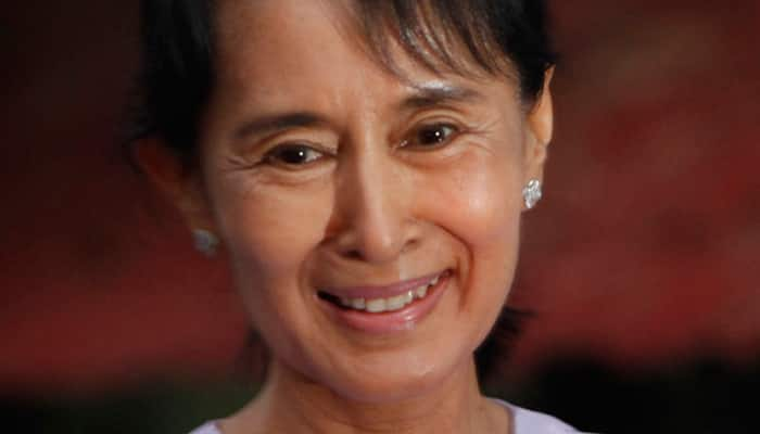 Myanmar`s Suu Kyi in China with dam project on agenda
