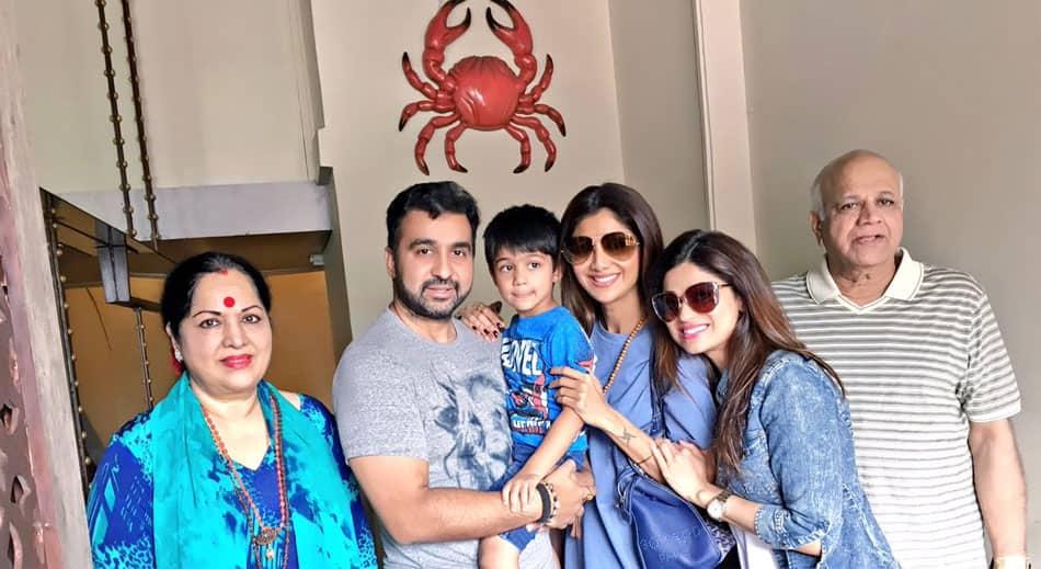 Brunching with family- Shamita Shetty