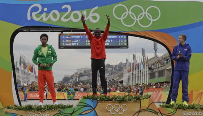 Phenomenal Eliud Kipchoge storms to runway marathon gold as Sun sets at Rio Olympics