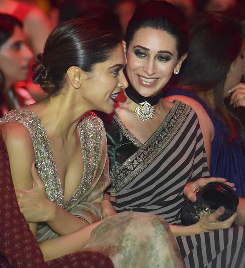Deepika Padukone with Karishma Kapoor at the grand finale show of Lakme Fashion Week (LFW) Winter/Festive 2016 in Mumbai