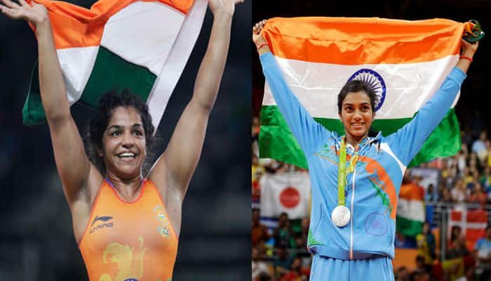 PV Sindhu, Sakshi Malik felicitated by Delhi government for medal-winning performances at Rio Olympics