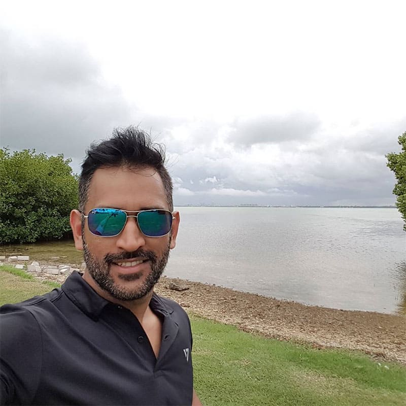mahendra singh dhoni :- Perfect weather and surroundings to play golf