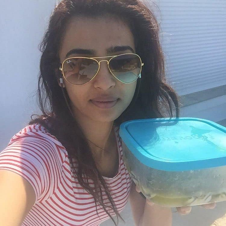 radhik aapte :- I took the #SelfieWithDabbaChallenge, now its your turn! Participate, challenge & win a Food Tour!