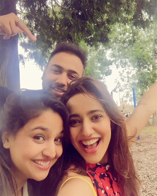 neha sharma :- Missing u guys so much...withdrawals and jet lag