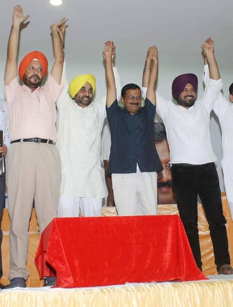 Arvind Kejriwal with party Punjab head