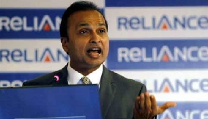 RCom expects to sell towers in Oct, Aircel to divest its own