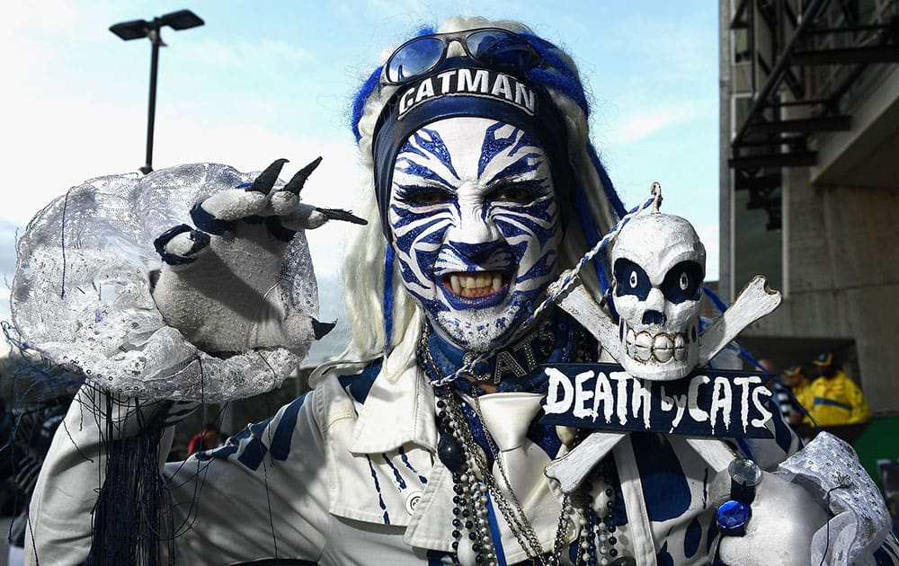 A Cats fan shows his support during the AFL Second Preliminary Final match