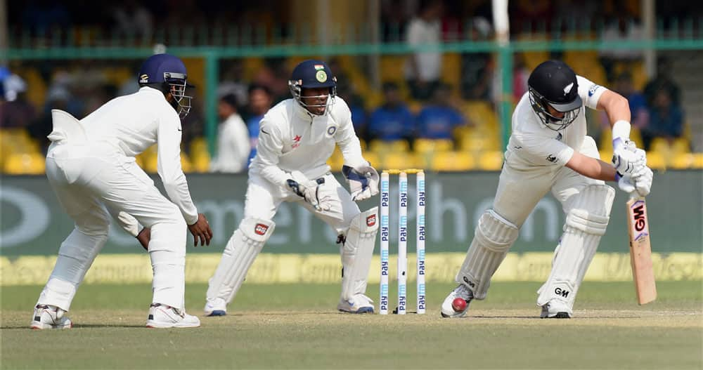 Ind vs NZ 1st Test day 3