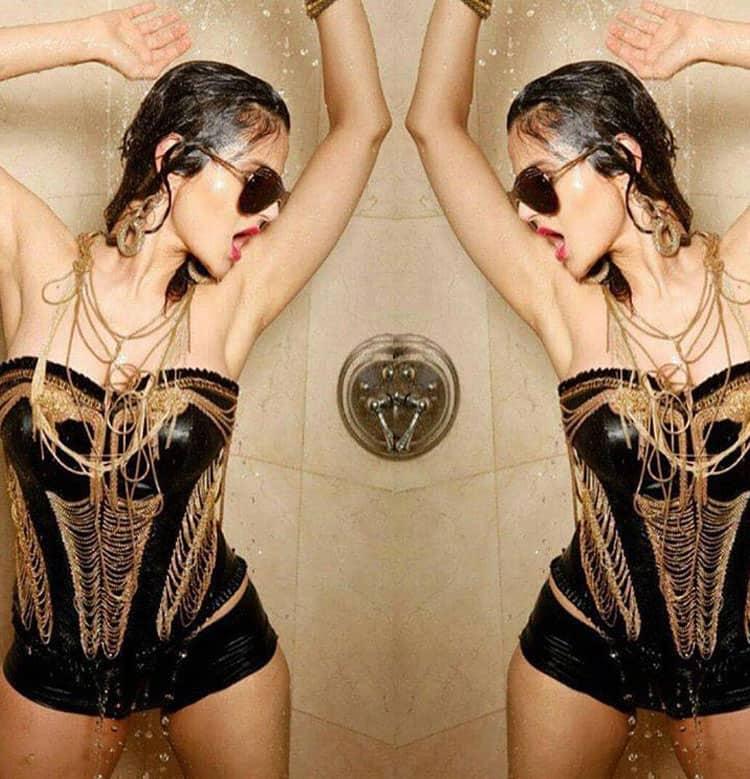 Shower like a tockstar- ameesha patel