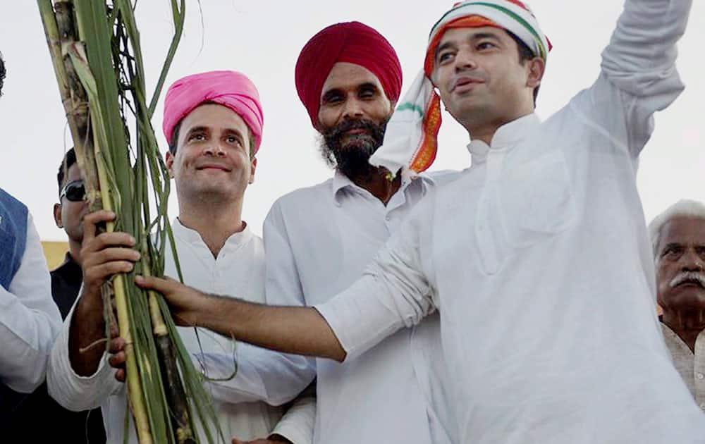Congress Vice President Rahul Gandhi during his Kisan Yatra in Lakhimpur