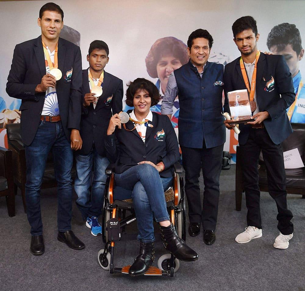 Sachin Tendulkar at a felicitation ceremony in Mumbai