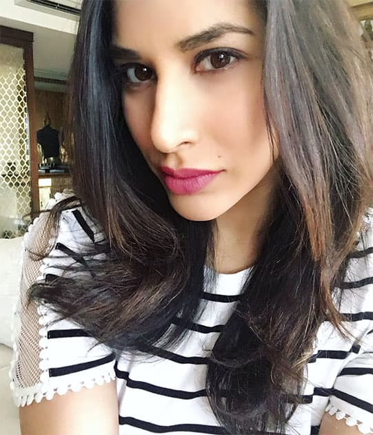Read my lips....When in doubt, pout - Twitter@Sophie_Choudry
