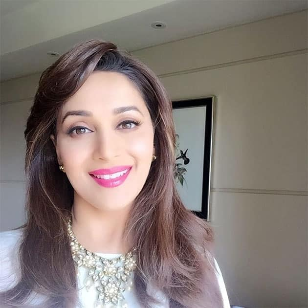 Use your smile to change the world - Instagram@madhuridixitnene