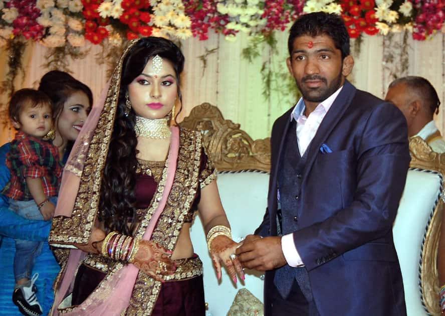 Renowned Indian wrestler Yogeshwar Dutt got engage