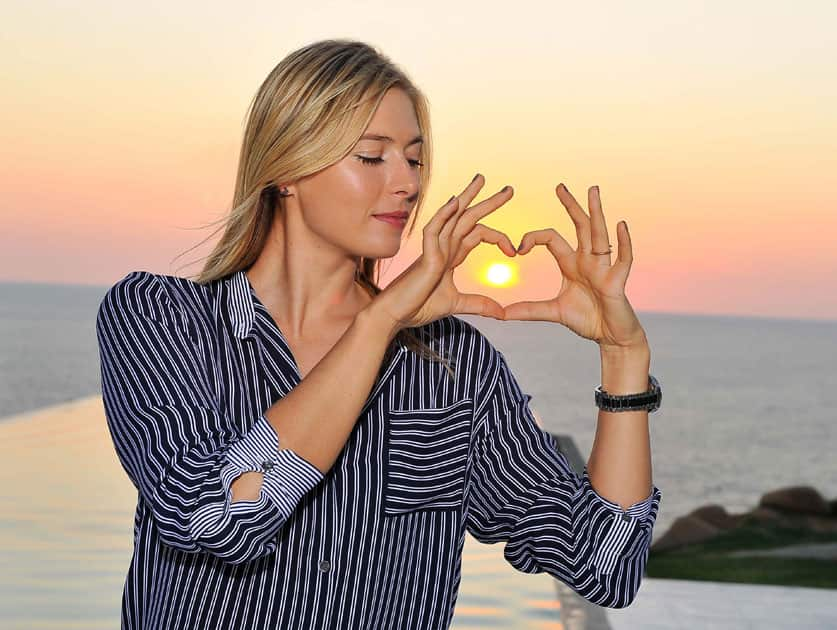 Maria Sharapova enjoys her free time in Acapulco.