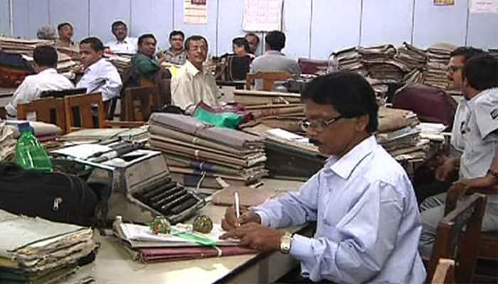 7th Pay Commission: Central govt employees disappointed with Prime Minister for poor pay, allowances