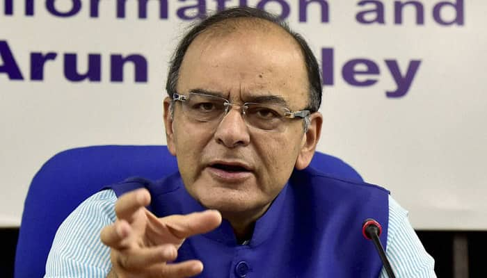 Arun Jaitley dismisses rumours of nano GPS chip on Rs 2000 note