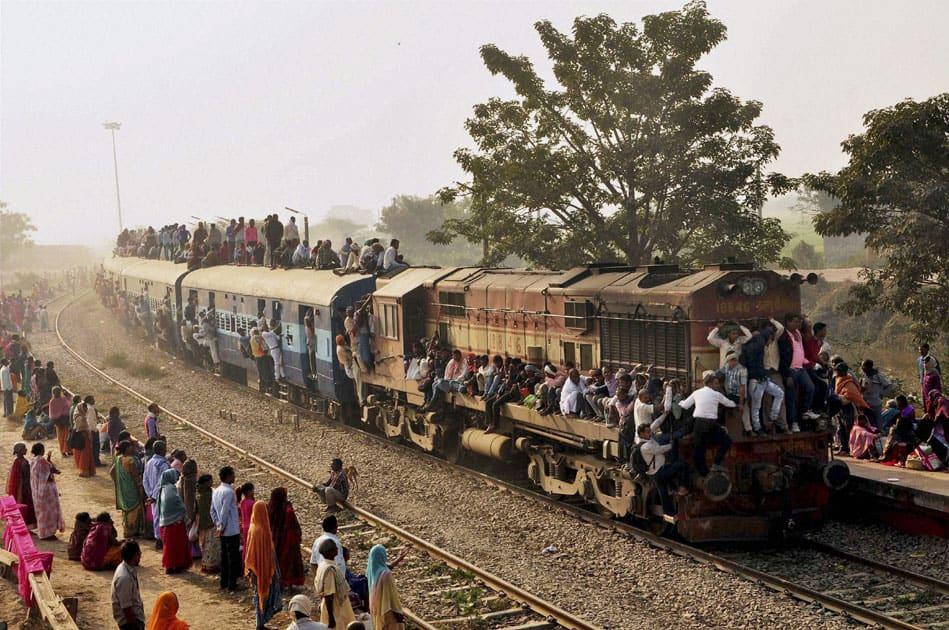 Kartik Poornima rush in Patna