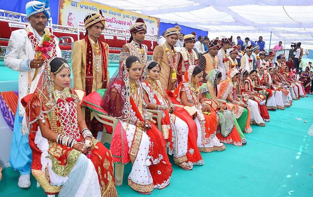 Mass marriage ceremony