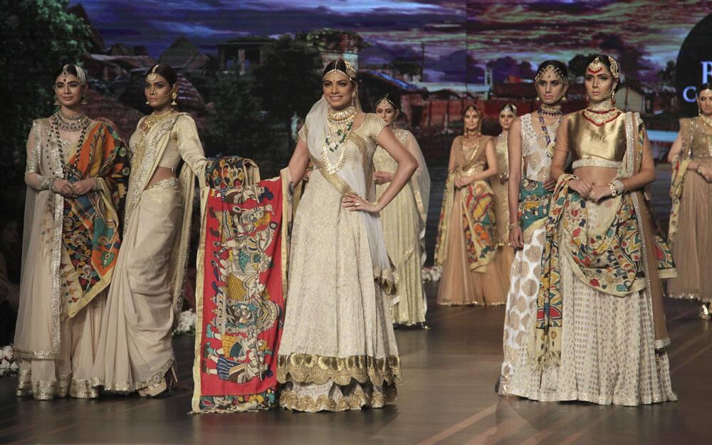 Hum Bridal Couture Week 2016 in Lahore