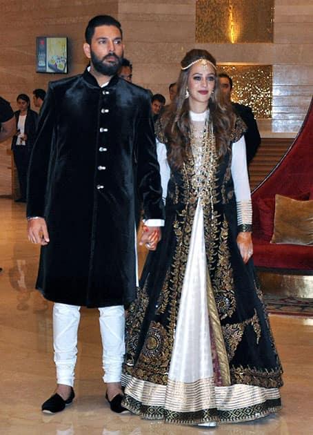 Yuvraj Singh with Hazel Keech during their Ring Ceremony
