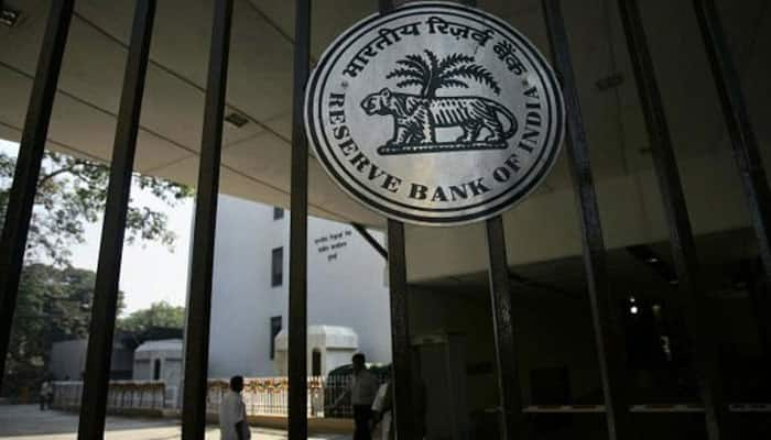 RBI cautions against fake notifications, instructions on social media