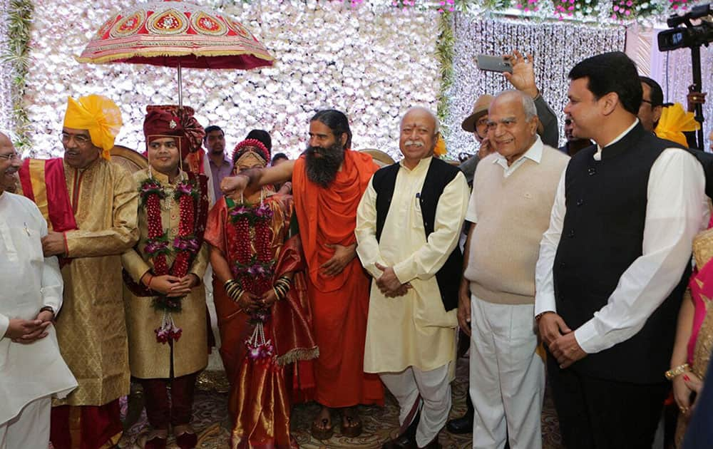 Devendra Fadnavis greet newly couple Aditya along with Ketki