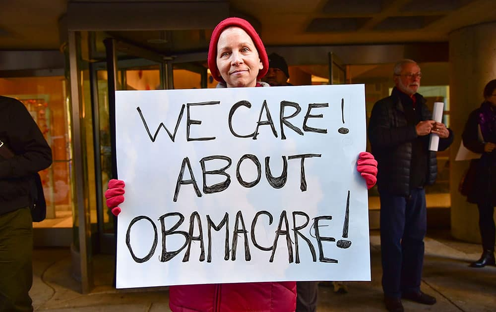Constituents Rally Outside Senator Pat Toomey's Office