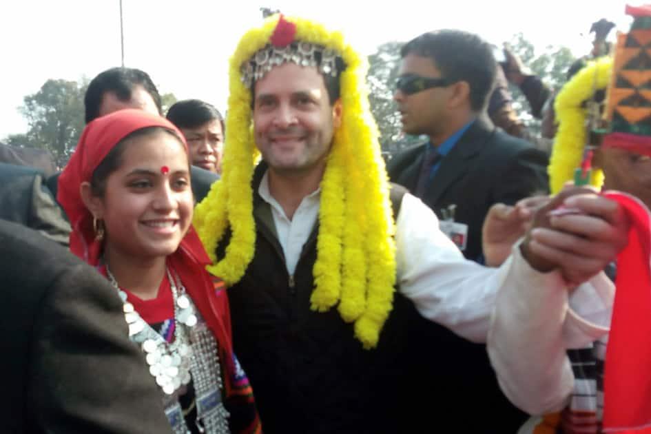 Rahul Ghandhi dressed up in Kulluvi dress