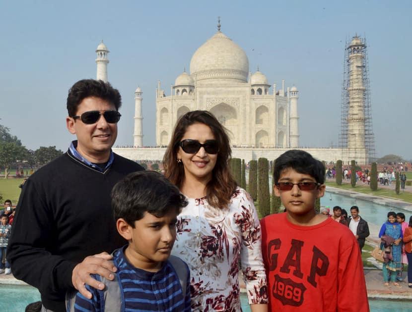 Madhuri Dixit poses in front of Taj Mahal