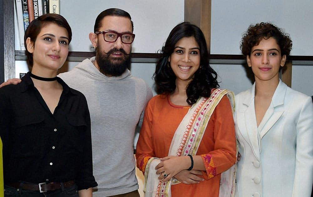 Star cast of Dangal Aamir Khan, Sakshi Tanwar, Fatima Sana Shaikh and Sanya Malhotra