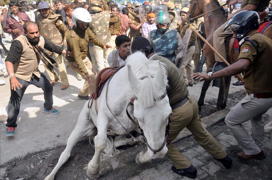 Shaktiman, the Uttarakhand police horse