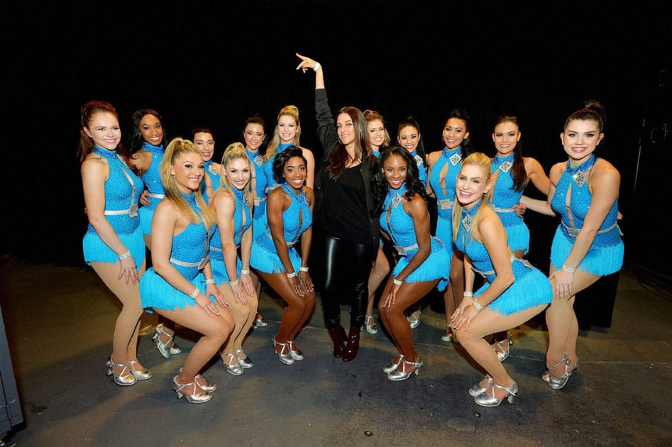 Neha Dhupia with New York Knicks' dance team