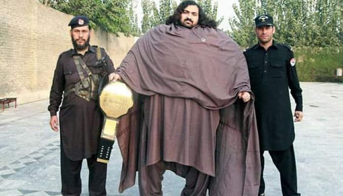 Pakistani Hulk, Arbab Khizer Hayat, intends to become a WWE wrestler just like The Great Khali - VIDEO