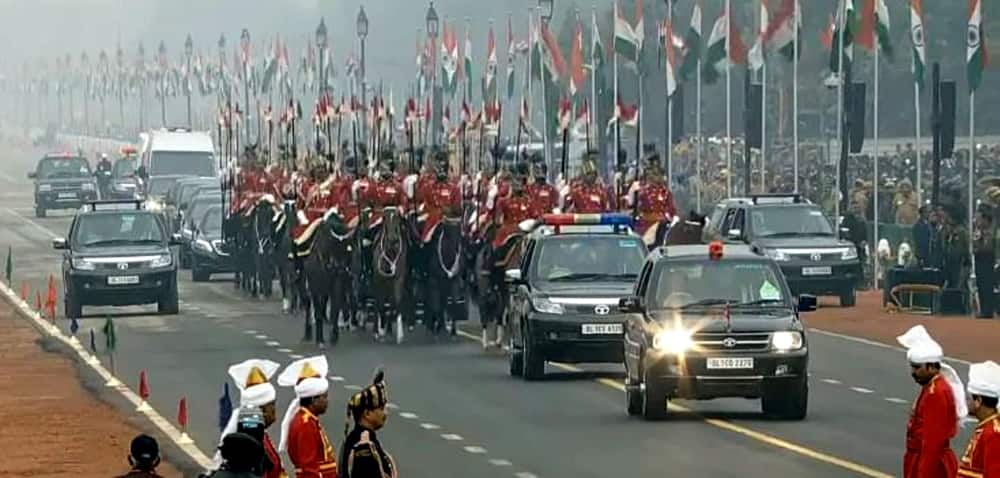 President Pranab Mukherjee arrives at Rajpath Republic Day.