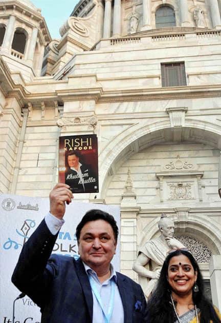 Rishi Kapoor releasing book 'Khullam Khulla'