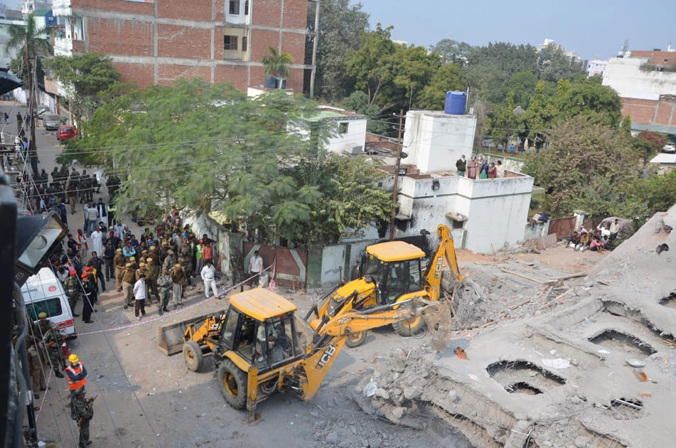 Building collapse in Kanpur