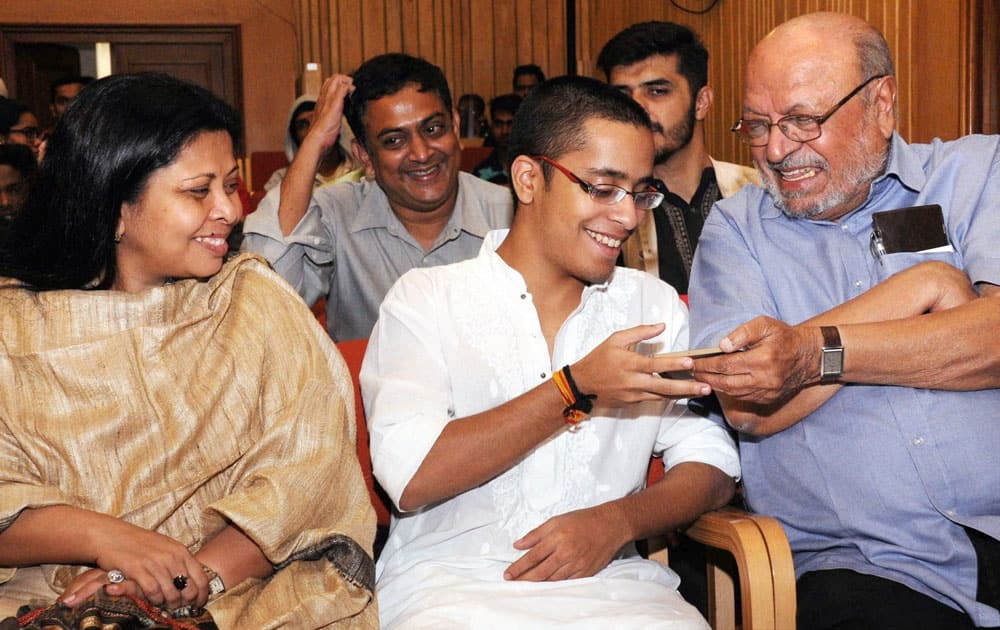 Condolence meeting for Om Puri