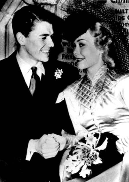 RONALD REAGAN AND JANE WYMAN