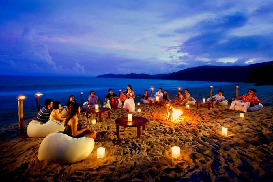 Party at the beaches of Goa